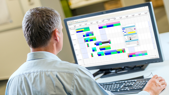 Why Toolmakers are Moving Away from Manual Production Scheduling